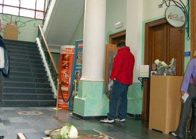 Biennale de la céramique 2006 - hall hôtel de ville (1)